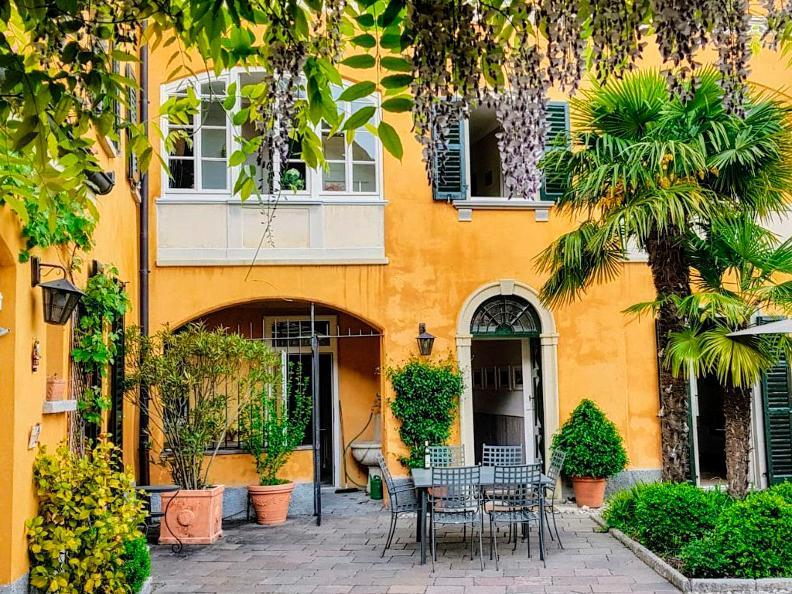 Image 1 - Villa Oleandro Bed & Breakfast