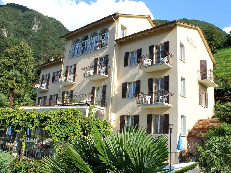 Image 0 - Hotel Panorama