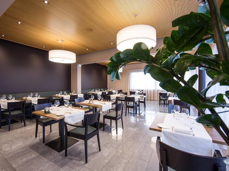 Image 2 - Hotel Conca Bella, Restaurant & Wine-bar