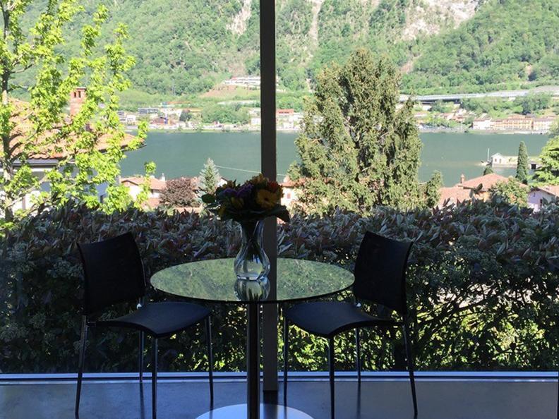 Image 0 - Villa Verde Acqua