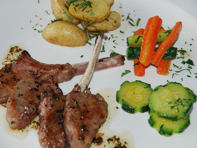 Image 2 - Rassegna del piatto nostrano della Valle di Muggio - Lokale Gerichte des Muggiotals