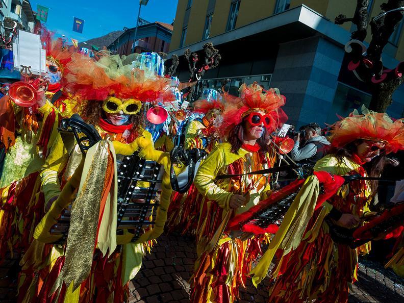 Image 1 - Carnaval au Tessin 2021