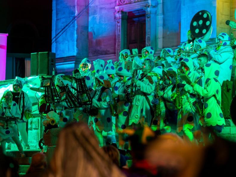 Image 6 - Im Reich von König Rabadan Karneval in Bellinzona