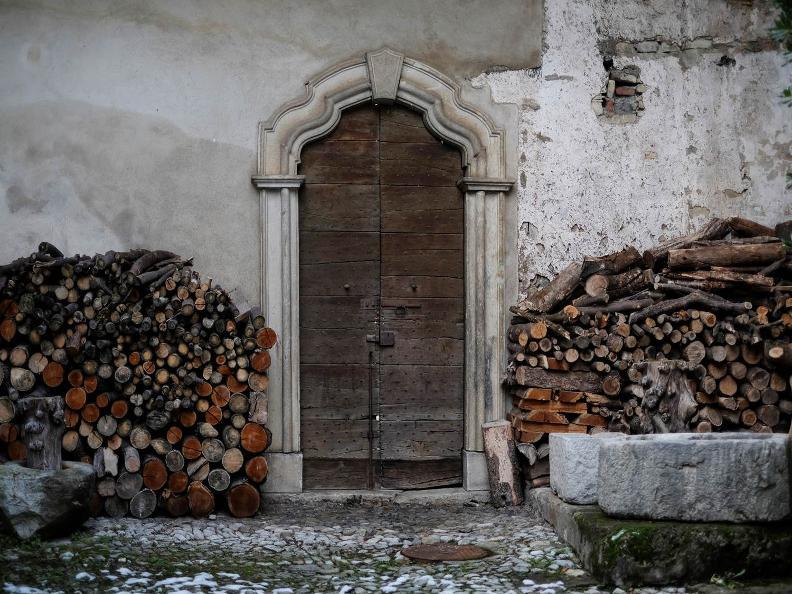 Image 0 - Meride villagio di pietra e di artisti