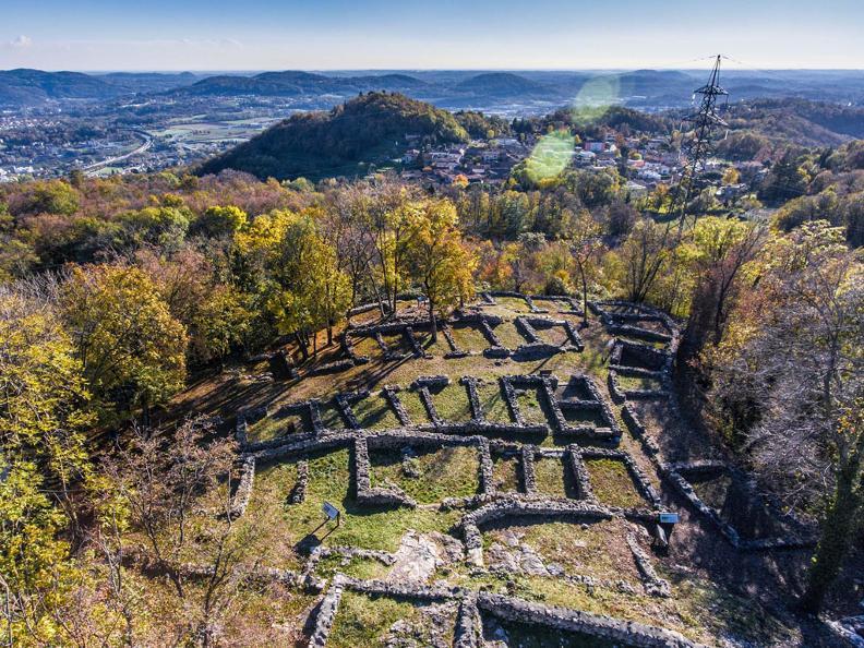 Image 1 - Apertura straordinaria del Parco Archeologico di Tremona su riservazione per scolaresche