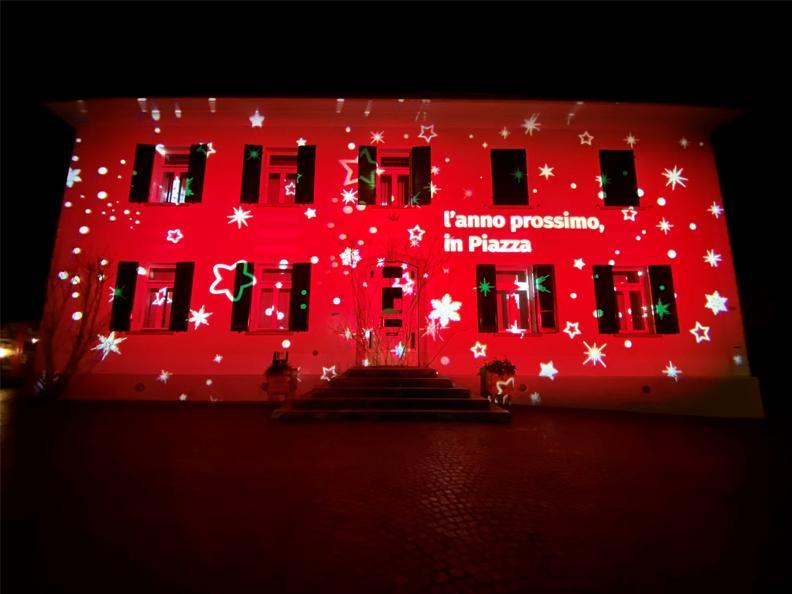 Image 3 - Illuminazioni non solo in Piazza a Stabio