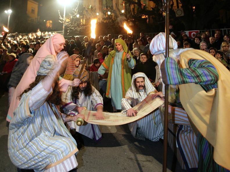 Image 5 - Prozessionen in der Karwoche in Mendrisio