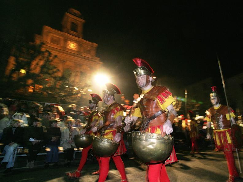 Image 3 - Prozessionen in der Karwoche in Mendrisio