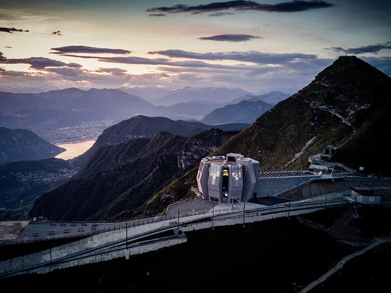 Image 2 - Train à cremaillère Monte Generoso