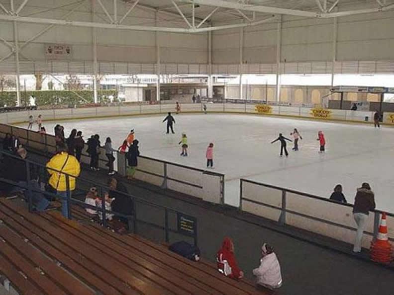 Image 0 - Stadio del Ghiaccio Chiasso