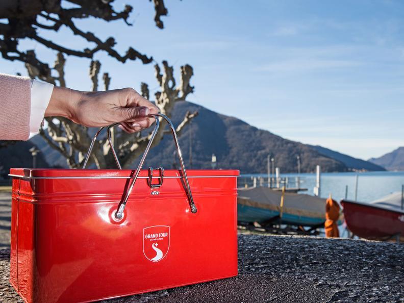 Image 0 - Acquista lo snack-box griffato Grand Tour