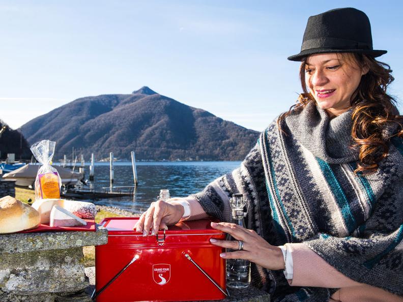 Image 1 - Acquista lo snack-box griffato Grand Tour