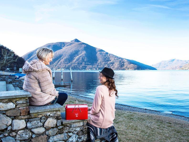 Image 2 - Acquista lo snack-box griffato Grand Tour