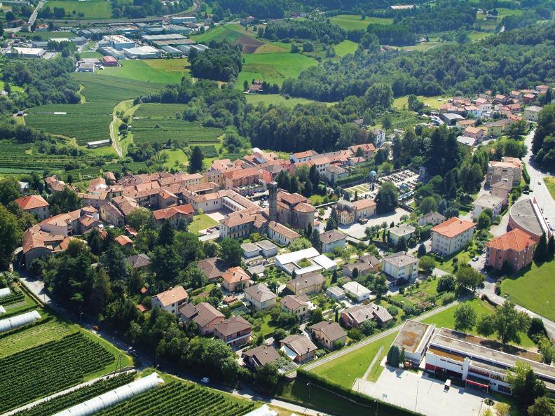 Image 0 - Novazzano
