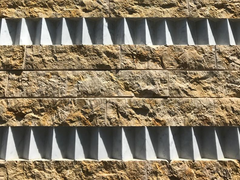 Image 3 - Scopri gli interventi architettonici di Mario Botta a Mendrisio