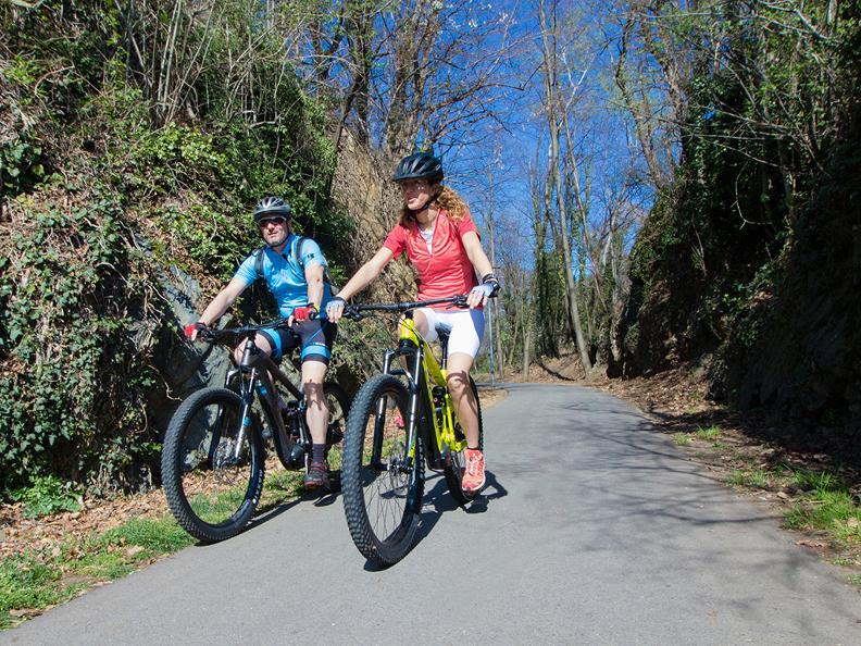 Image 0 - Monta in Bike