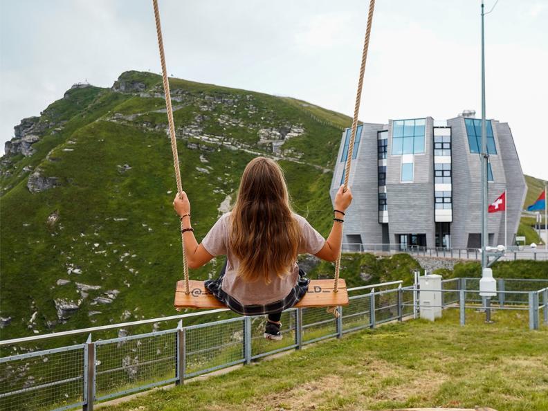 Image 2 - Swing the world: un'altalena panoramica sul Monte Generoso