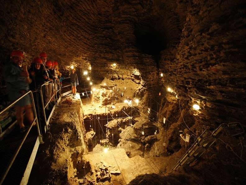 Image 2 - La Grotta dell'Orso