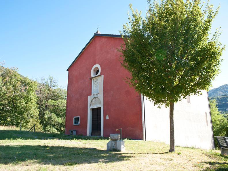 Image 0 - Eglise de S. Pietro ou Église Rouge