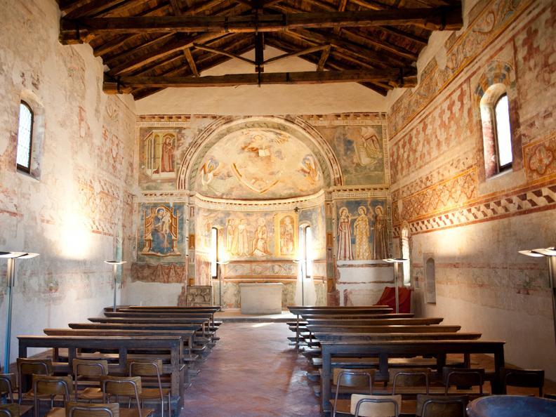 Image 1 - Eglise de S. Pietro ou Église Rouge
