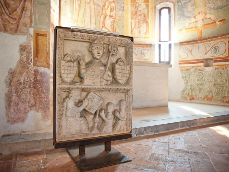 Image 2 - Kirche S. Pietro oder Rote Kirche