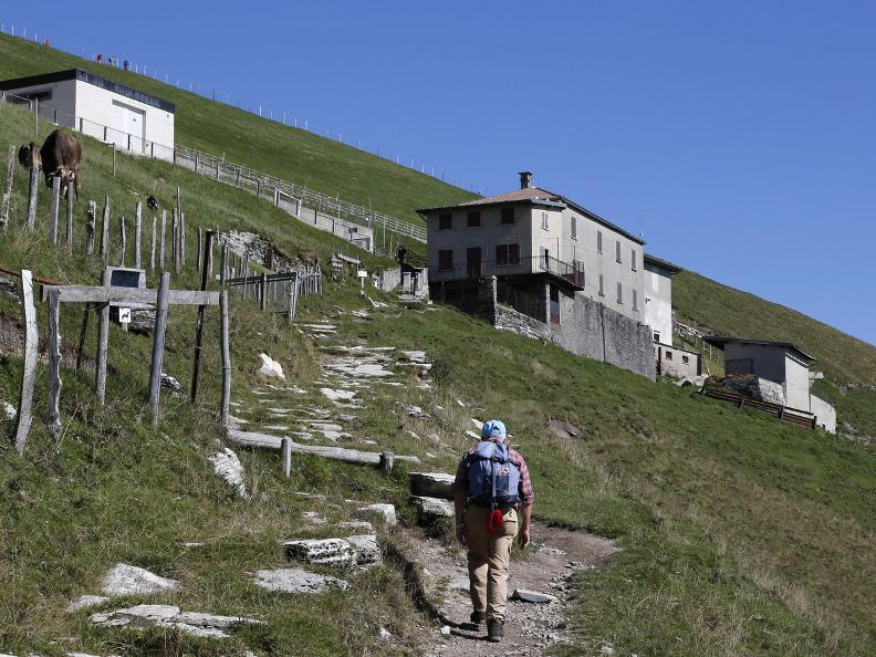 Image 17 - Discovering the Monte Generoso nevère