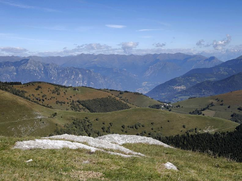 Image 18 - Discovering the Monte Generoso nevère