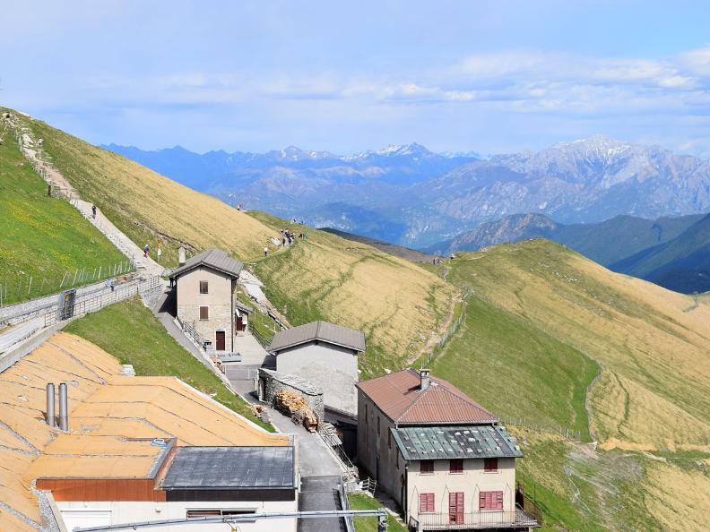 Image 3 - Discovering the Monte Generoso nevère