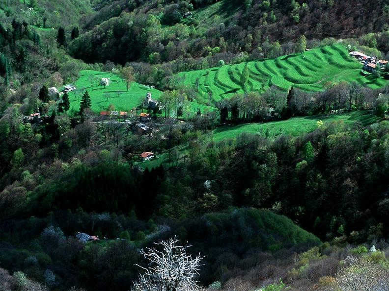 Image 4 - Round trip to Muggio Valley