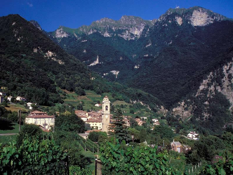 Image 0 - Casa Ala Materna