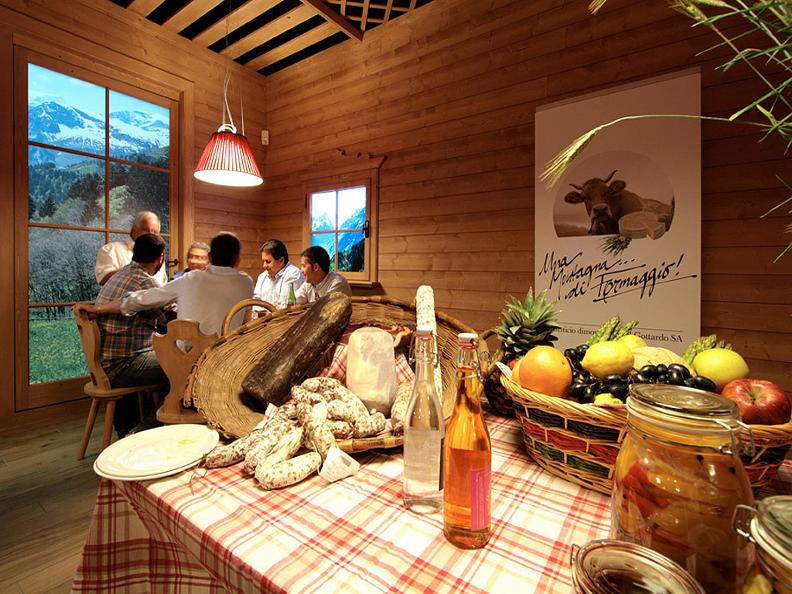 Image 3 - Chalet Suisse fondue, raclette & swiss specialties c/o Foxtown