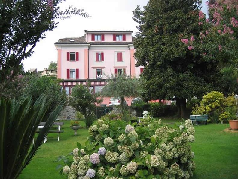 Image 0 - Park Hotel Rovio