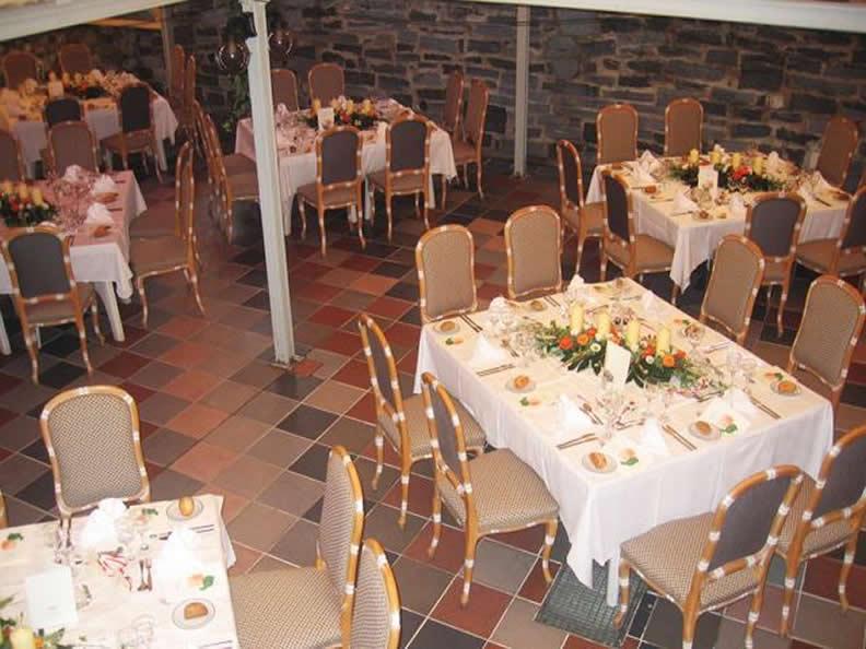 Image 2 - Park Hotel Rovio